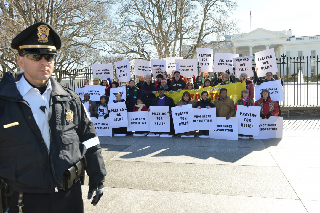 religious leaders protesting deportation outside the whitehouse